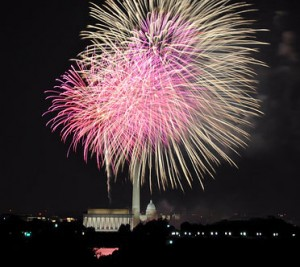 4th of July Fireworks over National Mall, Washington, D.C. - Photo: Kevin H