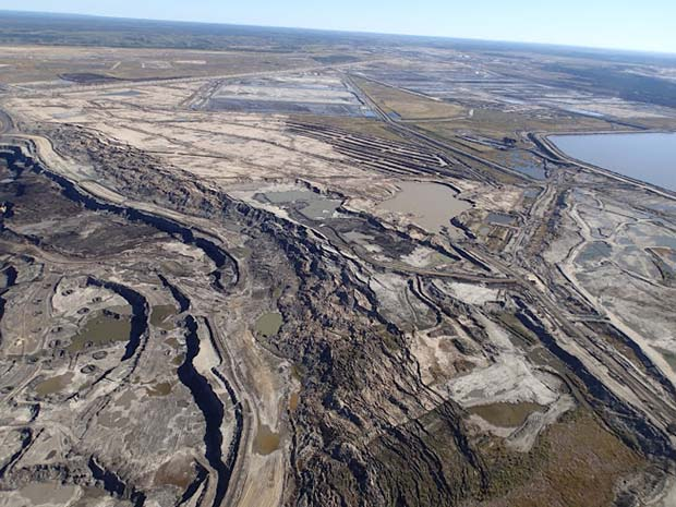 Oil Sands Excavation in Alberta, Canada - Photo: Ken Ilgunas