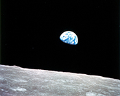 Earthrise - Photo: Apollo 8 Crew