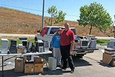 Sean Spradley and Daughter Abby - Coast Union High School Electronics Donation Drive