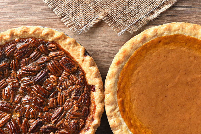 Thanksgiving Pecan and Pumpkin Pies