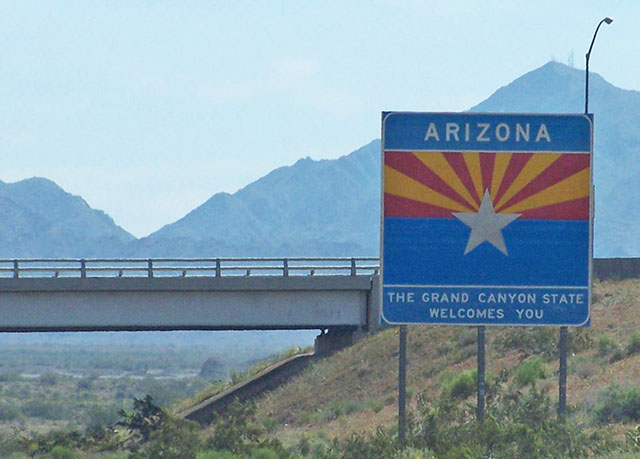 Entering Arizona from California on Interstate 10