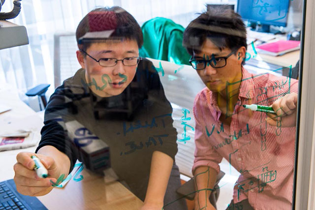 Feng Zhang and Patrick Hsu in MIT Lab
