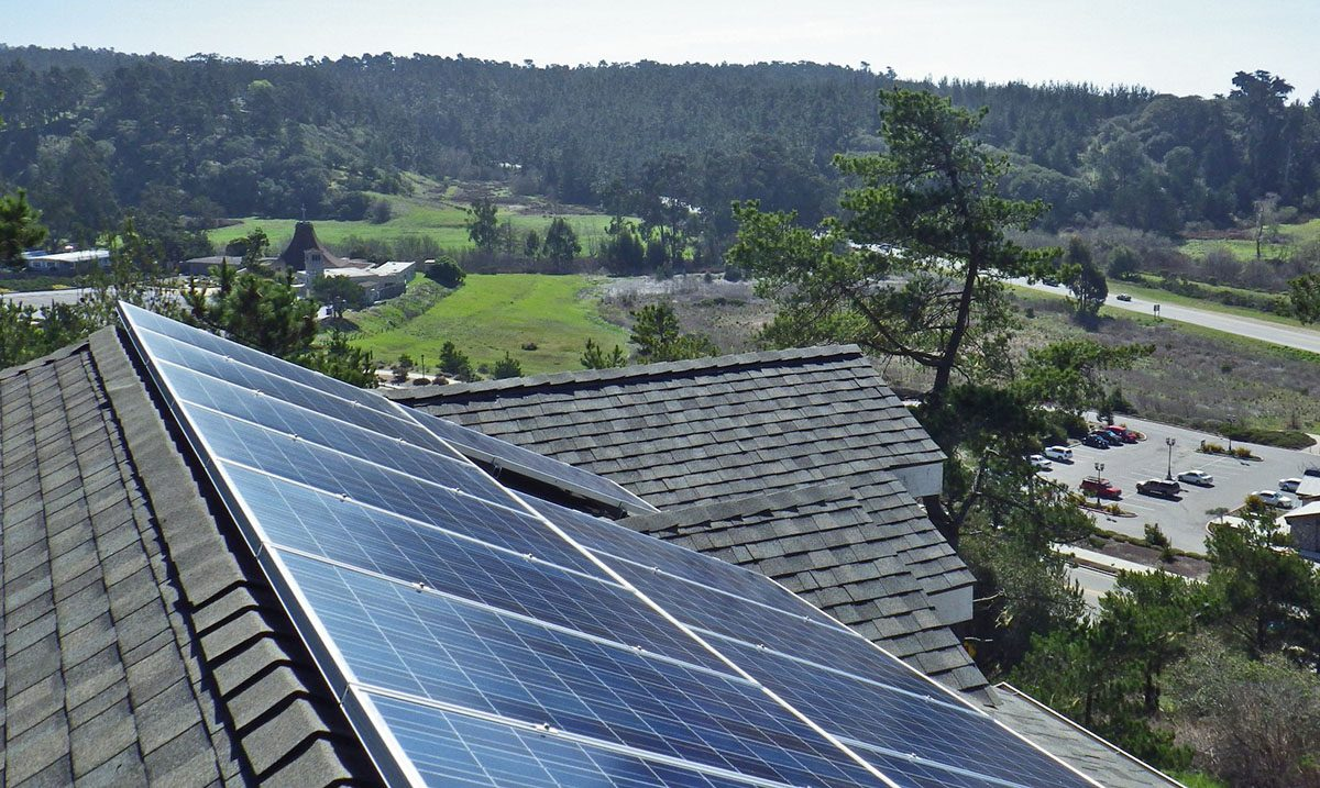 5 Reasons to Buy Rooftop Solar Panels in 2019